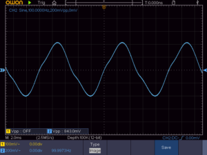 負帰還を外した時の低周波出力波形