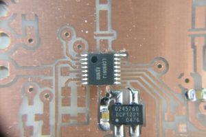 普通の表面実装ICのハンダ付け