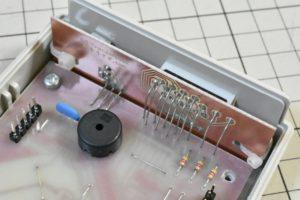 メイン基板と前面基板の接続