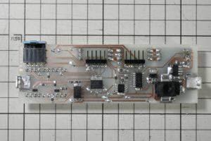 電子温湿度計の基板裏面完成