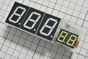 電子温湿度計の基板表面完成