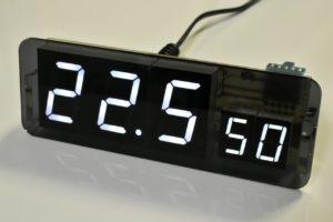 自作電子温湿度計の完成