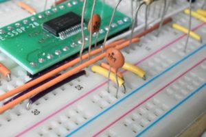 ブレボの電源ラインにパスコン