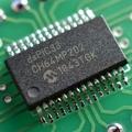 dsPIC33CH64MP202