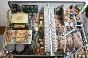 A-815RXIIの内部