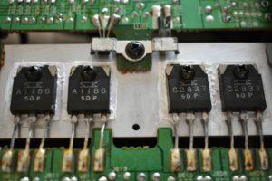 出力段使われているサンケンの 2SC2837/2SA1186 コンプリ