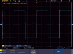 方形波1KHz 無負荷時の波形