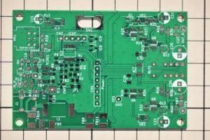自作FM受信機のメイン基板(実装前)